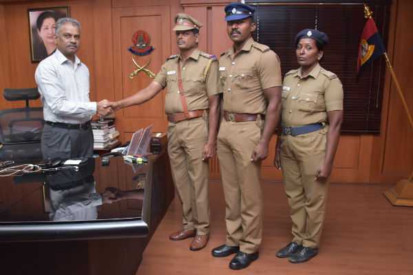 a-k-viswanathan-wishes-to-homeguards