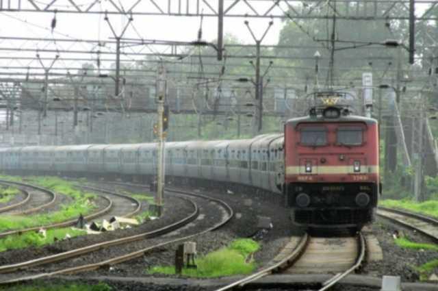 train-mows-down-3-railway-workers