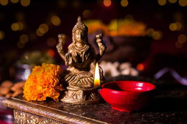 mahalakshmi-thuthi-that-will-give-you-all-the-blessings-in-deepavali