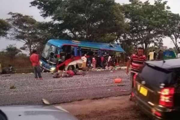 47-dead-in-bus-accident-at-zimbabwe