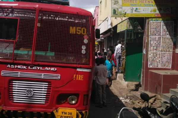 fire-accident-at-chennai-korukkuppet