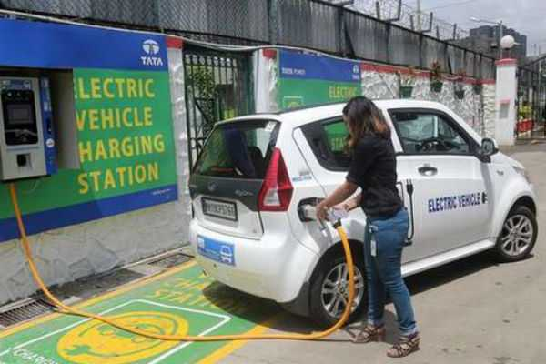 any-one-can-e-charge-the-e-vehicles