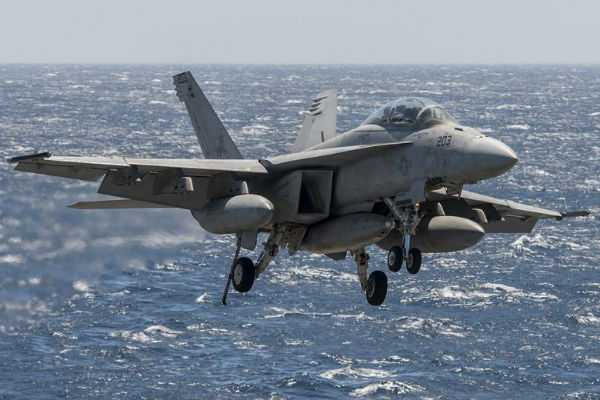 us-fighter-jet-crashes-into-sea-in-japan