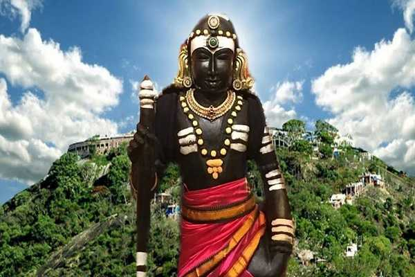 arupadai-veedu-of-murugan-lord-of-wisdom-lord-dhandayuthapani