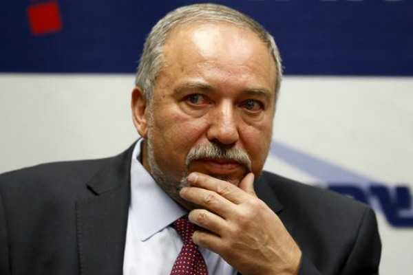 israel-defence-minister-resigns-after-peace-talks