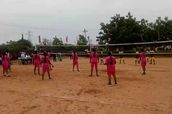 throwball-tournament-for-school-boys-and-girls