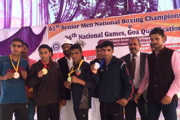 tamilnadu-s-lakshmana-moorthy-secured-bronze-in-national-boxing-championship