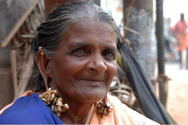 heritage-ear-rings-of-old-women