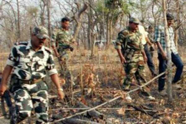 women-naxals-killed-by-commando-force