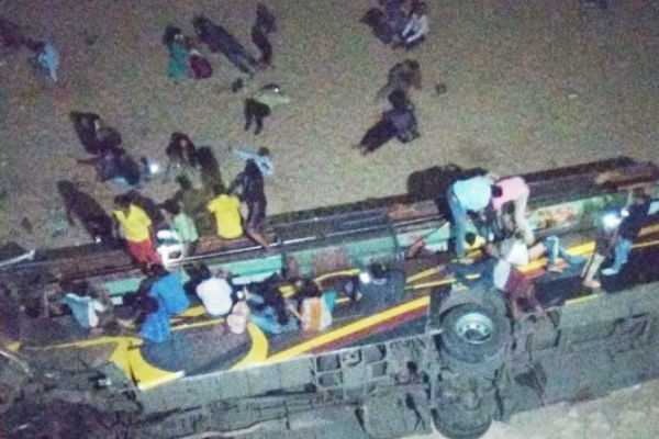 7-dead-in-odisha-bus-accident