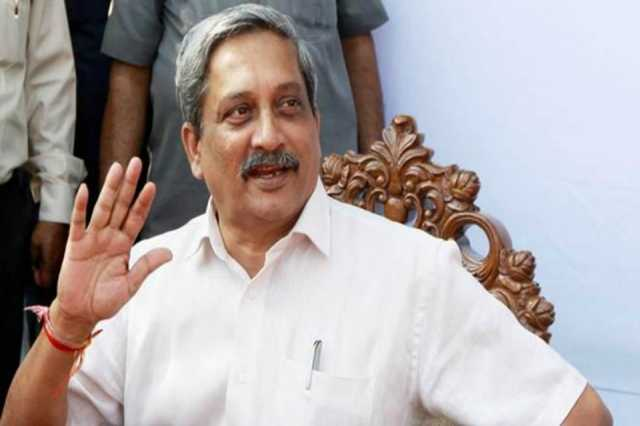 locals-activists-march-demanding-parrikar-s-resignation-stopped-ahead-of-cm-residence