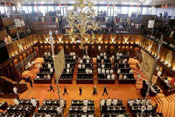 srilanka-parliamentary-sitting-commences-with-speaker-announcement-on-select-committee
