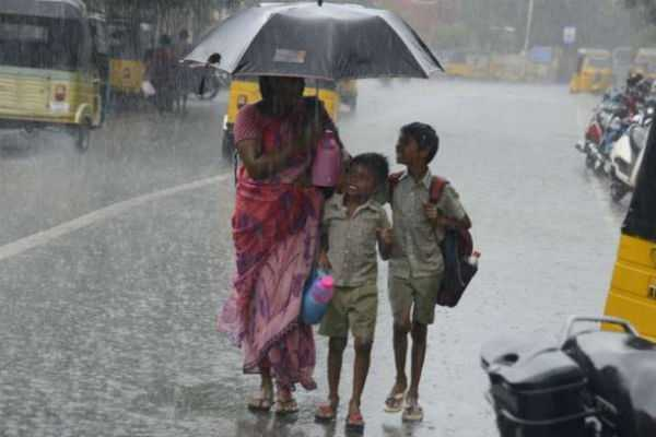 rain-holiday-in-4-districts