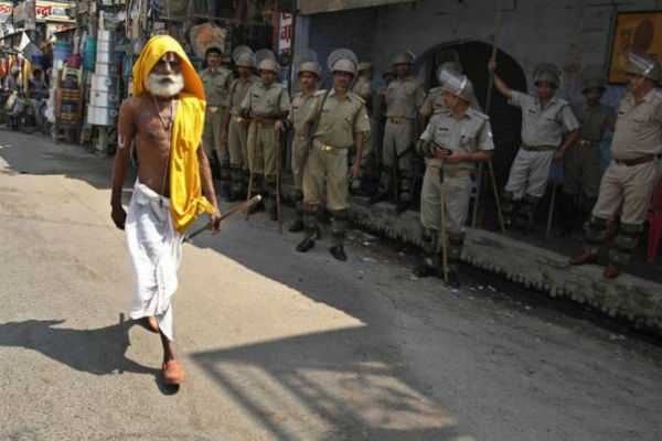 high-security-in-ayodhya-ahead-of-hindu-groups-functions