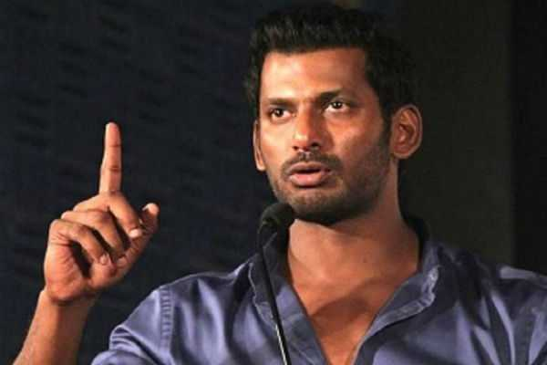 vishal-contribution-to-gaja-victims