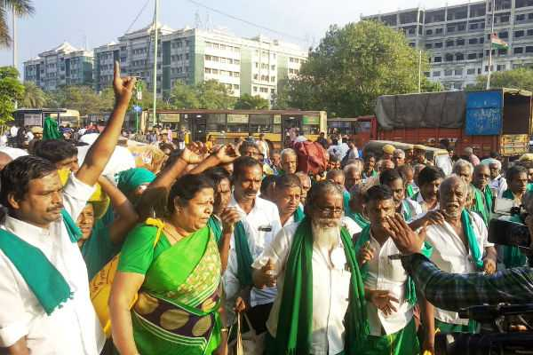 farmers-struggle-in-delhi