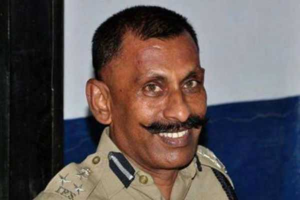 pon-manickavel-will-continue-to-work-as-speicial-investigative-officer-hc