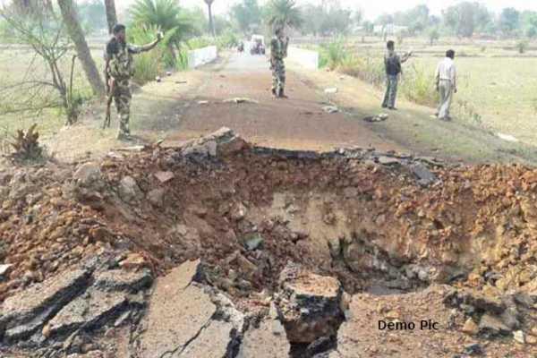 jammu-and-kashmir-2-soldiers-dead-2-injured-after-mine-blast-hit-akhnoor-sector-near-loc