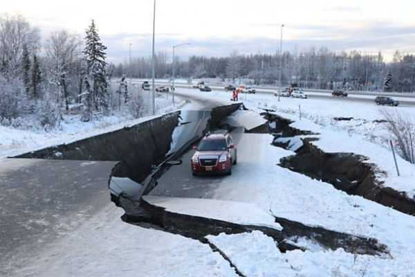 alaska-hit-by-over-230-aftershocks-after-massive-temblor