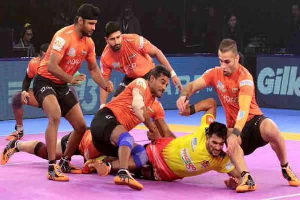pro-kabaddi-league-mumbai-beat-gujarat