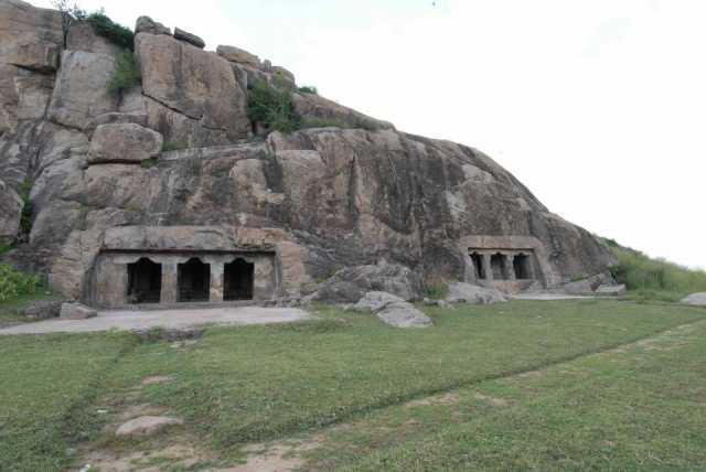 mamandoor-caves-special-story