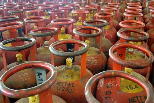 no-proposal-to-alter-the-dbt-mechanism-for-subsidy-transfer-to-domestic-lpg-consumers