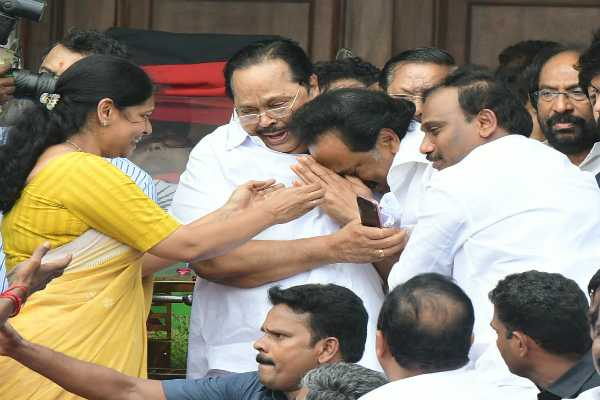 m-k-stalin-who-believes-in-ridicule-kanimozhi-fears