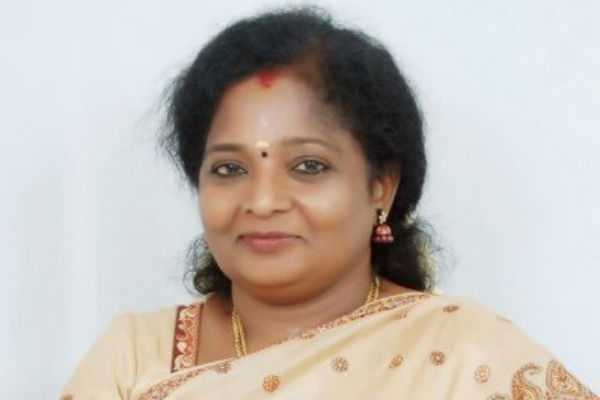 tamilisai-tweet-about-spiritual-event-in-temple