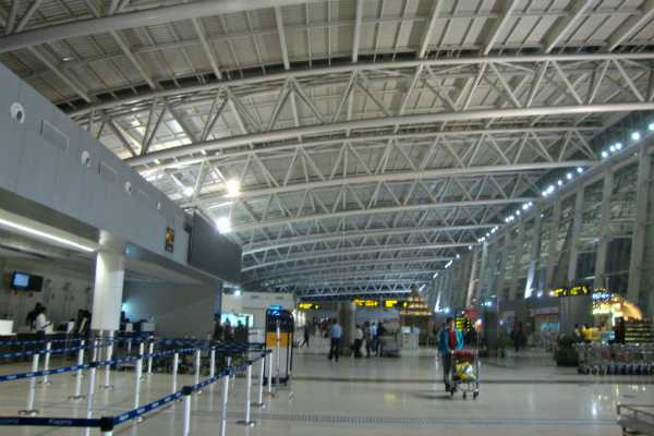 chennai-airport-administration-explains-about-mirror-broken