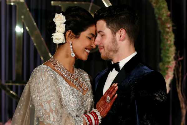 priyanka-chopra-takes-husband-nick-jonas-last-name-on-social-media