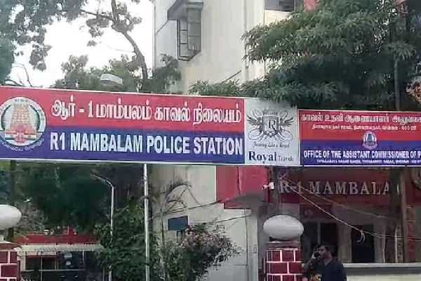 two-mobile-phone-thiefs-arrested-in-chennai