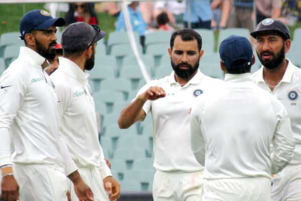 shami-s-double-strike-ends-australia-s-innings-at-235