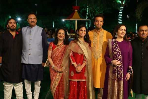 isha-ambani-begins-pre-wedding-celebrations-with