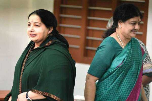 the-person-who-speaks-to-jayalalithaa-after-the-death-sasikala-party-shock