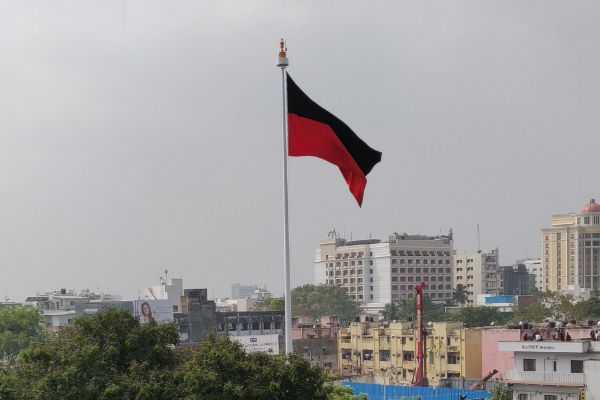 dmk-president-hoists-the-party-flag-on-a-114-feet-high-flag-mast