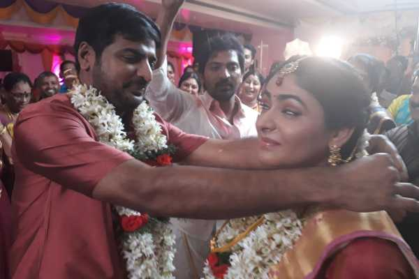 actor-sathish-s-sudden-marriage