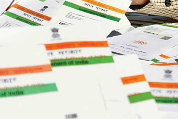 election-commission-to-move-forward-linking-aadhar-and-voter-id