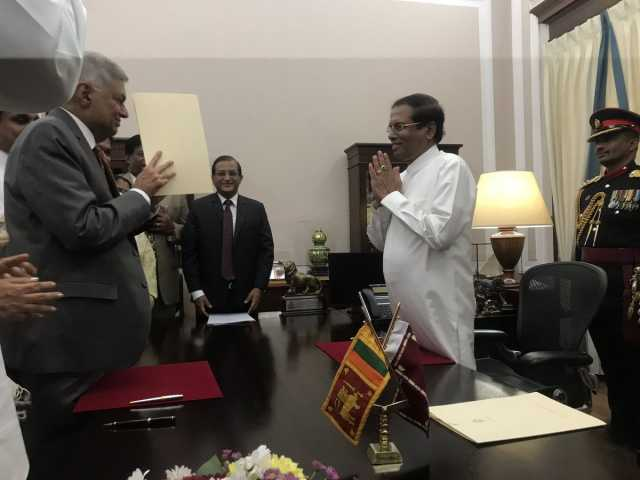 ranil-sworn-in-as-pm-again