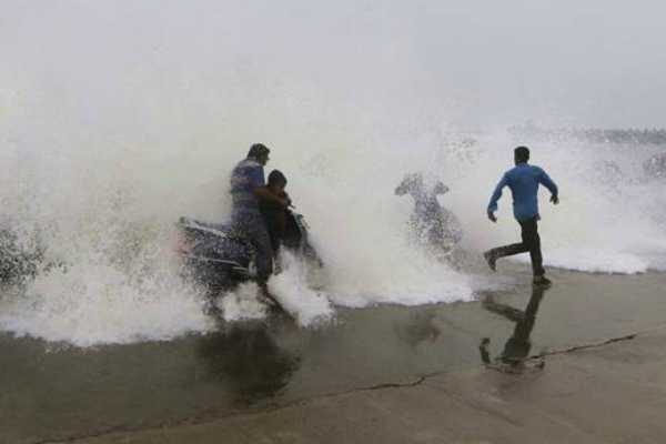 heavy-rains-lash-coastal-andhra