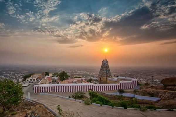 arthanareeswarar-kovil-special-story
