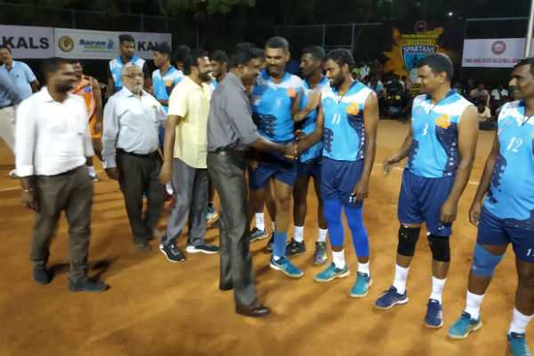 state-volleyball-iob-beat-indian-bank