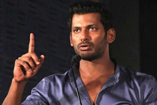 vishal-argues-with-police