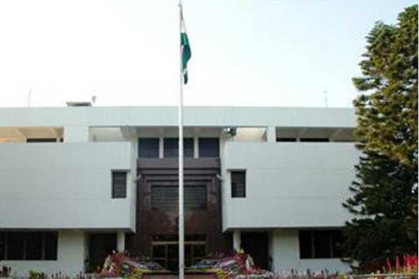 indian-diplomats-faced-harassed-in-pakistan