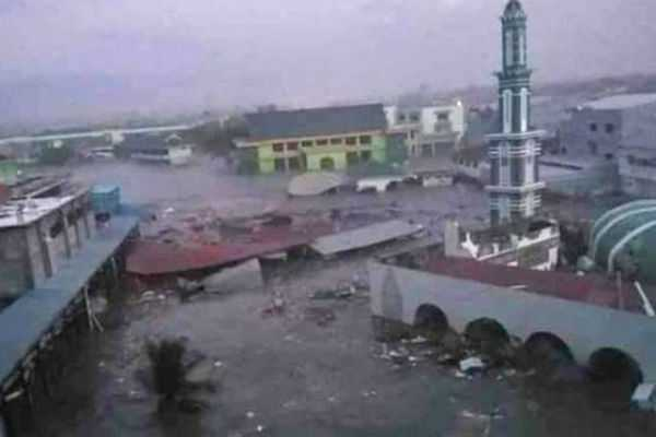 168-people-dead-due-to-tsunami-in-indonesia