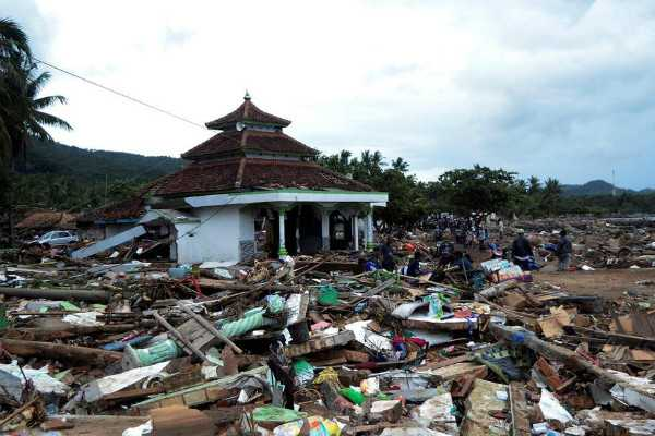 indonesia-death-toll-rises-to-373