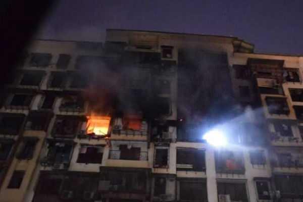 fire-on-the-14th-floor-of-sargam-society-near-ganesh-garden-in-tilak-nagar-mumbai