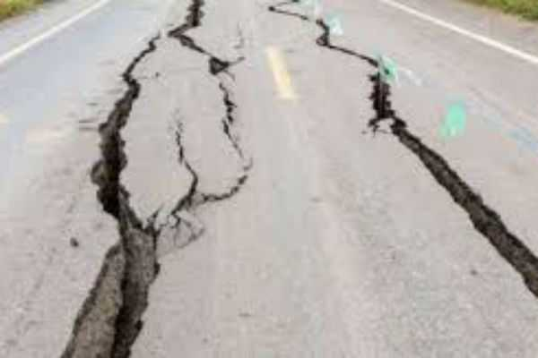 heavy-earthquake-in-indonesia