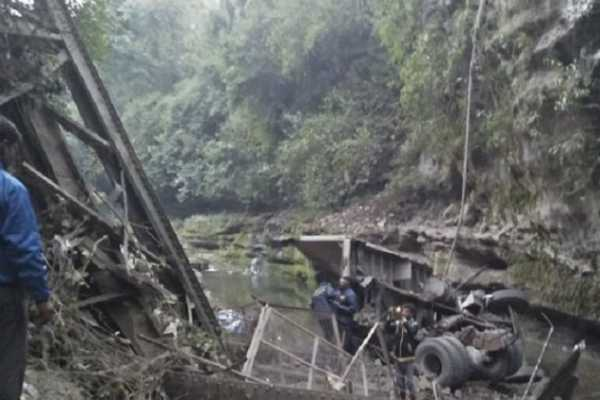 2-die-as-bridge-collapses-in-uttarkhand