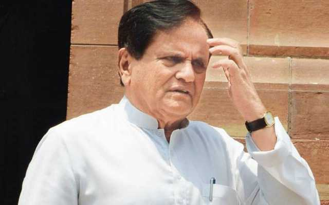 modi-cannot-be-nehru-because-of-dressing-like-him-ahamed-patel