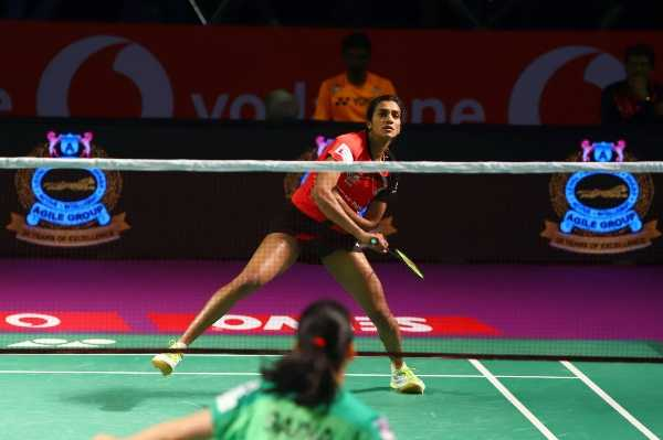 sindhu-beats-saina-in-pbl-clash